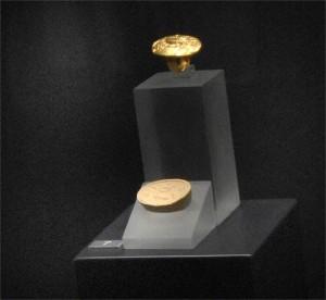 Златният пръстен на Тезей отпреди 35 века