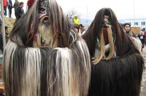 Бургаски кукери на фестивала в Симитли 2013