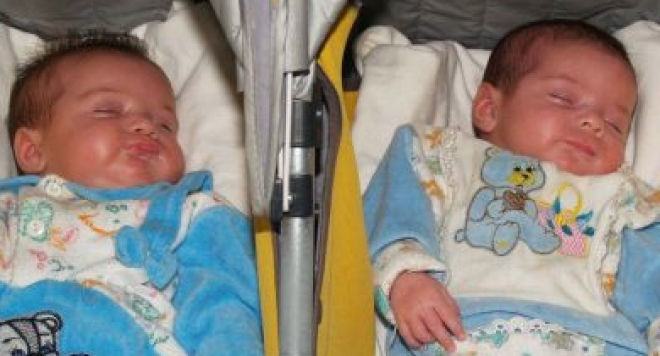 Близнаците от Варна ще живеят в щастливия дом на семейство Мусови