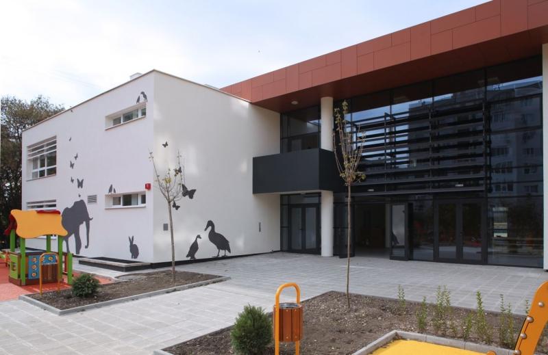 """Новоизградена детска градина """"Жирафче"""" във Варна – претендент за """"Сграда на годината"""""""