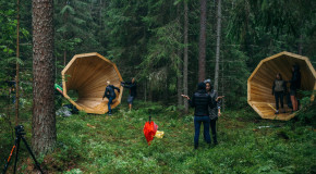 Студенти усилват звука на природата чрез огромни дървени мегафони