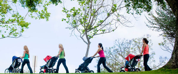 Фитнес за майки с бебешки колички организират треньори от БиС– благотворителност и спорт
