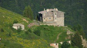 Откриха планинска библиотека в Троянския балкан