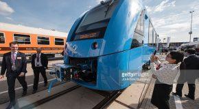 Първият в света влак задвижван от водород бе представен на изложение в Германия (видео)