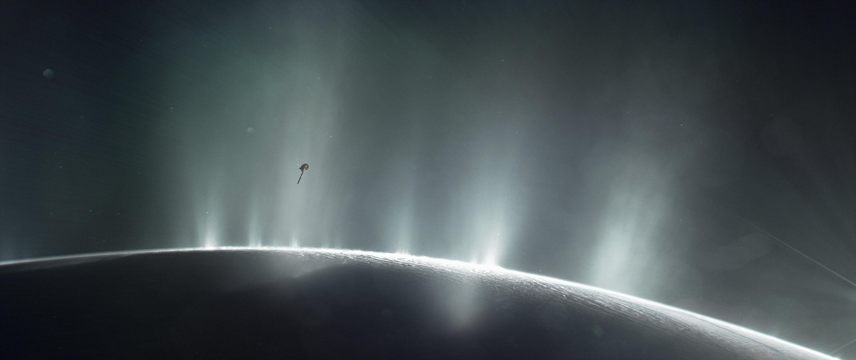 Условия за живот откриха на Сатурновия спътник Енцелад (видео)