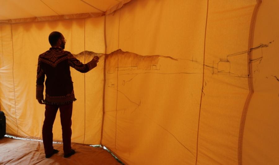 Индийски артист представи България на най-мащабното изложение за съвременно изкуство в света