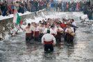 Етнолози от Европа в Калофер по случай Mъжкото хоро