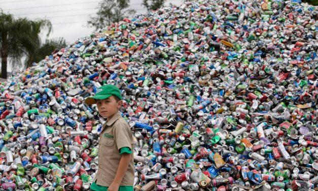 11-годишен предприемач от Калифорния спасява света от отпадъци